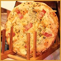 パリパリバジルピザ